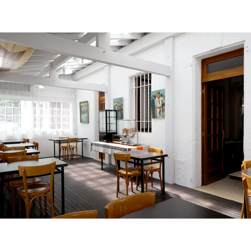 L'Hôtel Barnetche - Terrasse petit déjeuner
