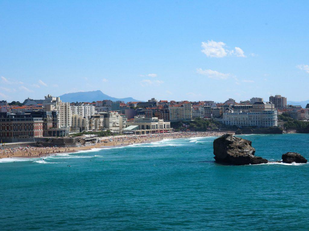Biarritz - La grande plage vue du Phare
